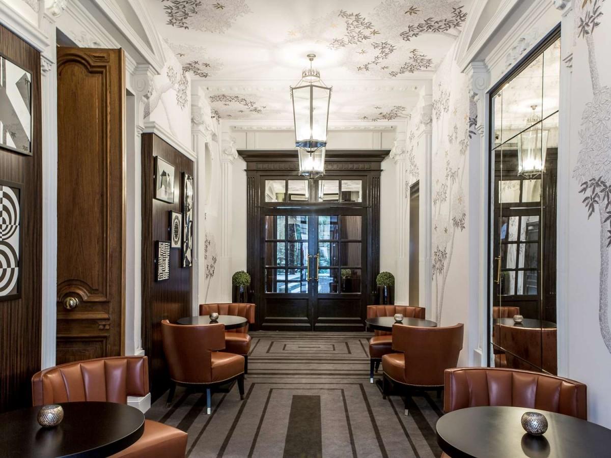 MV DECOR - Rénovation des motifs muraux (couloirs) du SOFITEL PARIS LE FAUBOURG.